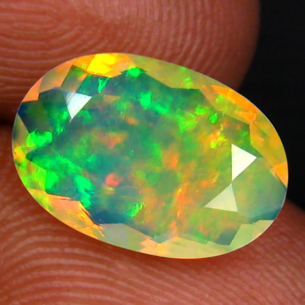 1.92 ct Fair Oval (12 x 8 mm) Un-Heated Ethiopia Rainbow Opal Loose Gemstone