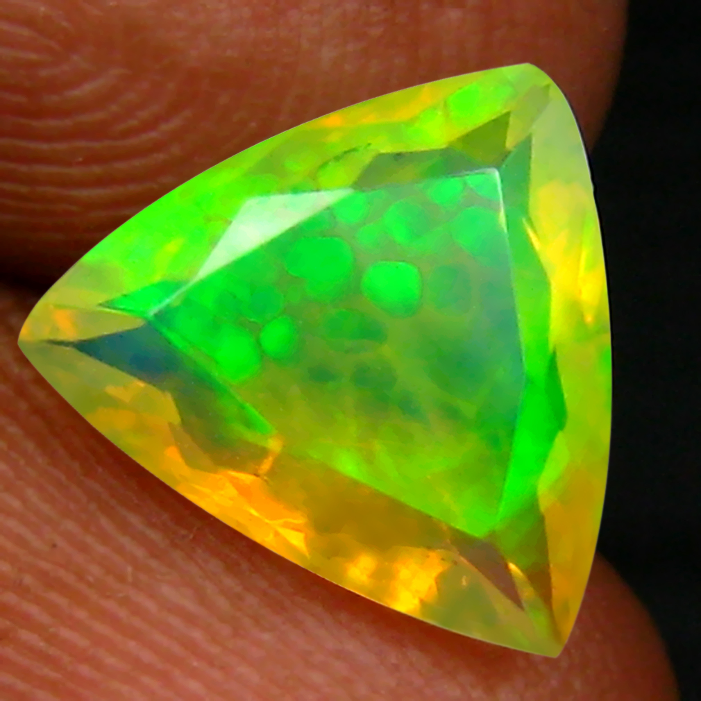 1.60 ct First-class Triangle (10 x 9 mm) Un-Heated Ethiopia Rainbow Opal Loose Gemstone