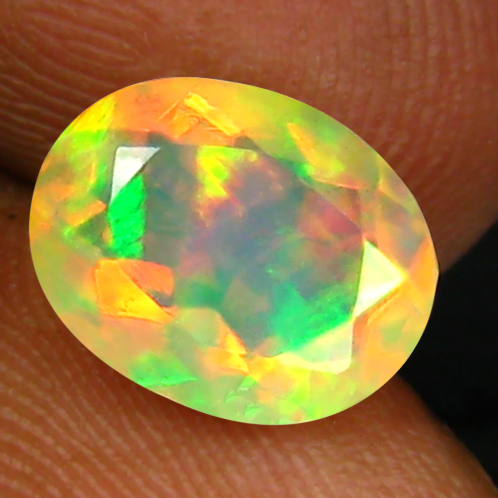 1.63 ct Superb Oval (10 x 8 mm) Un-Heated Ethiopia Rainbow Opal Loose Gemstone